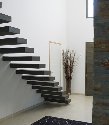 Escalier béton minéral naturel